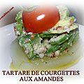 Tartare de courgettes aux amandes sur lit de pomme fondue