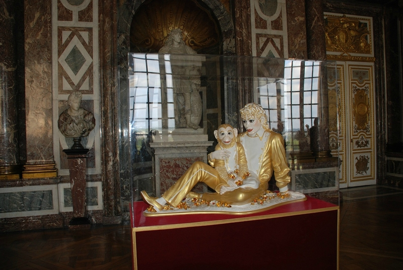 jeff-koons-at-versailles-2010-Michael-Jackson-2-Kopi