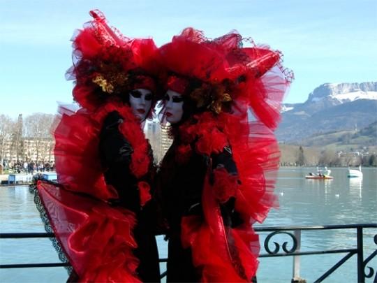 masque-carnaval-divers-quai-74-925842[1]