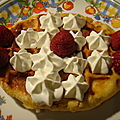Gaufres liegeoises chantilly-framboises