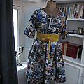 Robe RAYMONDE en coton imprimé ''belle comme un camion'' - manches raglan - longueur genoux - taille unique (9)