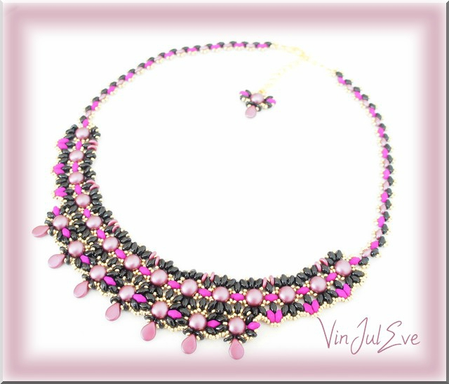 collier Rubi noir rose1