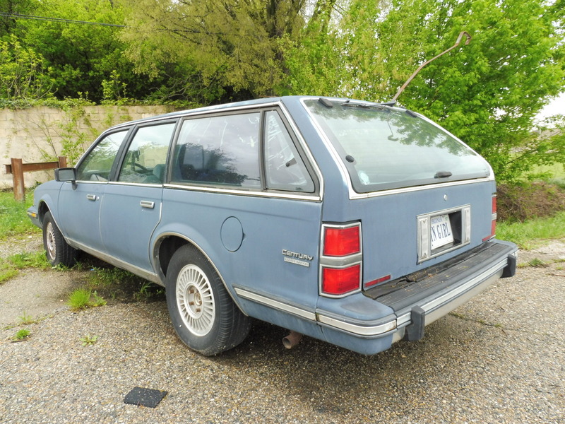 BUICK Century 4door Estate Wagon Lapalud (2)