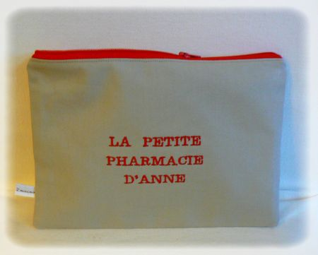trousse pharmacie anne