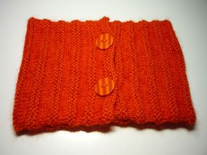 snood-orange-boutons-a-rayures