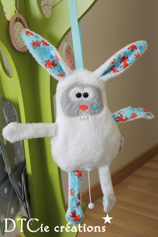 Dtcie créations pour enfants et bébé lapin blanc musical