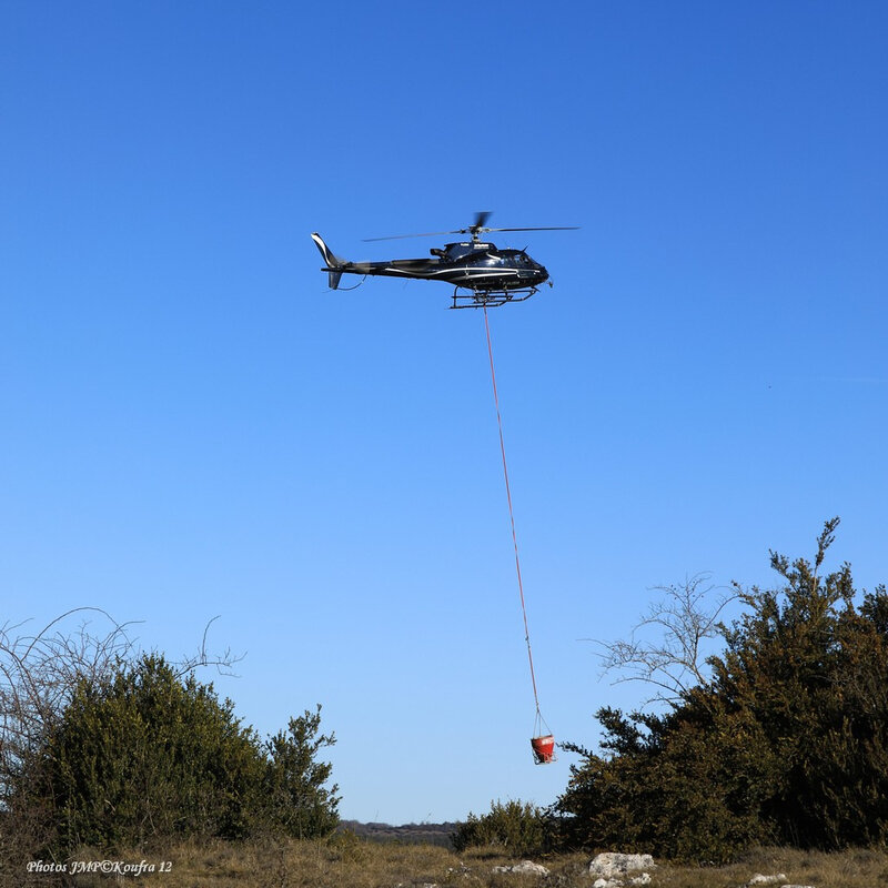 Photos JMP©Koufra 12 - La Couvertoirade - Hélicoptère - 26022019 - 0335