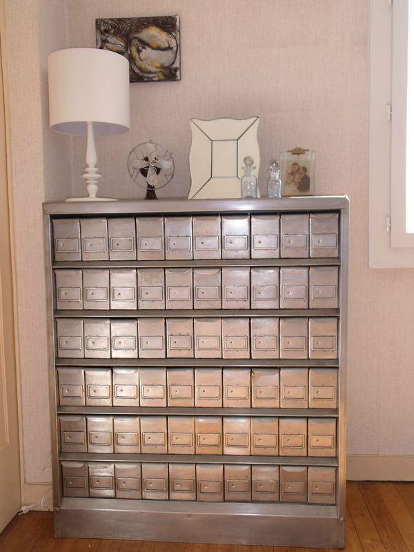 un meuble de m tier rare le fichier m tallique diy relooking mobilier cr er ma d co. Black Bedroom Furniture Sets. Home Design Ideas