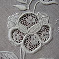 Rose_en_broderie_de_Touraine_1