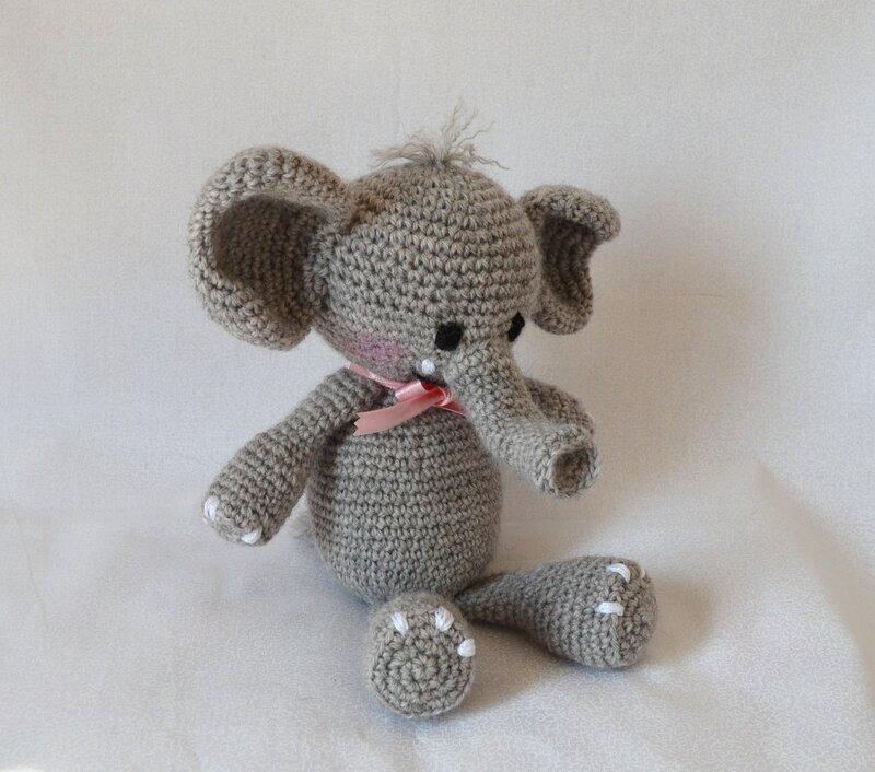 Elephant_au_crochet__agurigami__La_chouette_bricole__3_