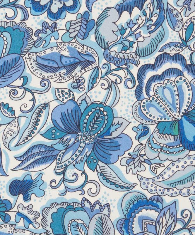 Passion bloom blue