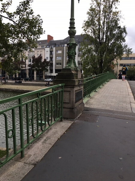 44000 - Nantes - Pont - Plaque Saint Mihiel - part1