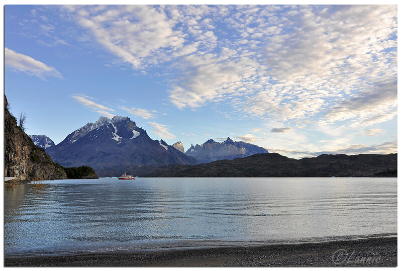 _Argentine_424_Chili_Torres_del_Paine_lac_Grey