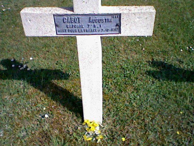 Verdun cimetière croix Augustin