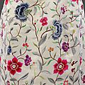 Evening_dress_wild_silk_with_embroidery_by_Lesage_Crist├│bal_Balenciaga_Paris_1960-1962_detail__Victoria_and_Albert_Museum_London