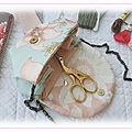 Amulette - collier de brodeuse