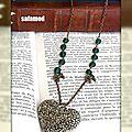 Collier pendentif Coeur fleuri noeuds perles en verre