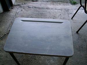 080507_tables_et_chaises___peindre_010