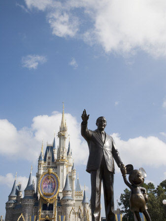 772_34_Statue_of_Walt_Disney_and_Micky_Mouse_at_Disney_World_Orlando_Florida_USA_Affiches