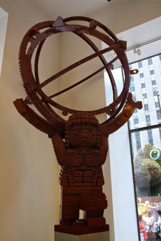 J12 - 9 juillet 2014 - lego store Rockefeller center (99).JPG