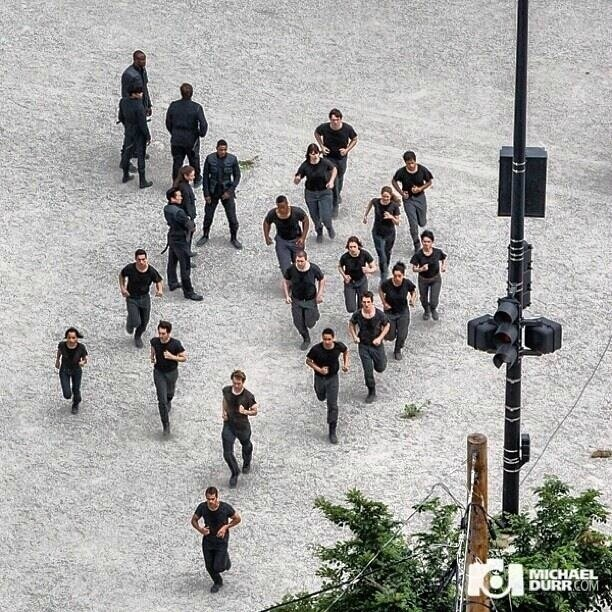 Divergent Movie Set 06