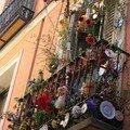 les balcons sont plus sobres qu'à barcelone, en général...