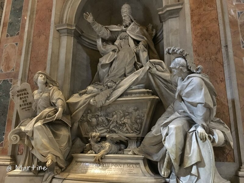 tombeau du pape Benoit XIX