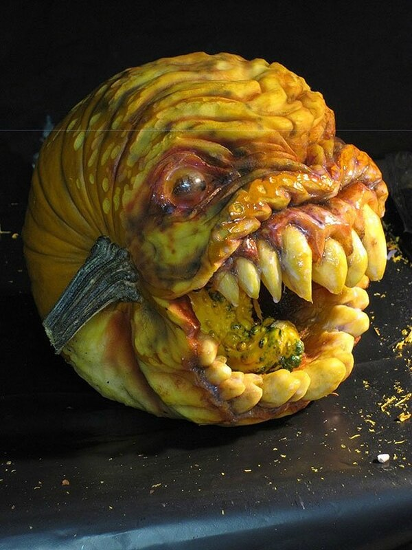 creepy-pumpkin-carvings-jon-neill-7