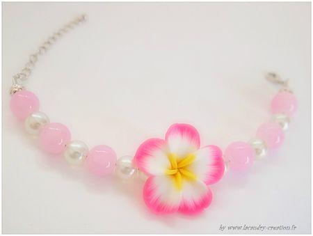 bracelet fleurs de tiaré rose perle rose et blanc nacré