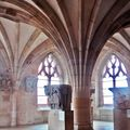 La cathédrale saint-lazare d'autun, les chapiteaux de la salle capitulaire