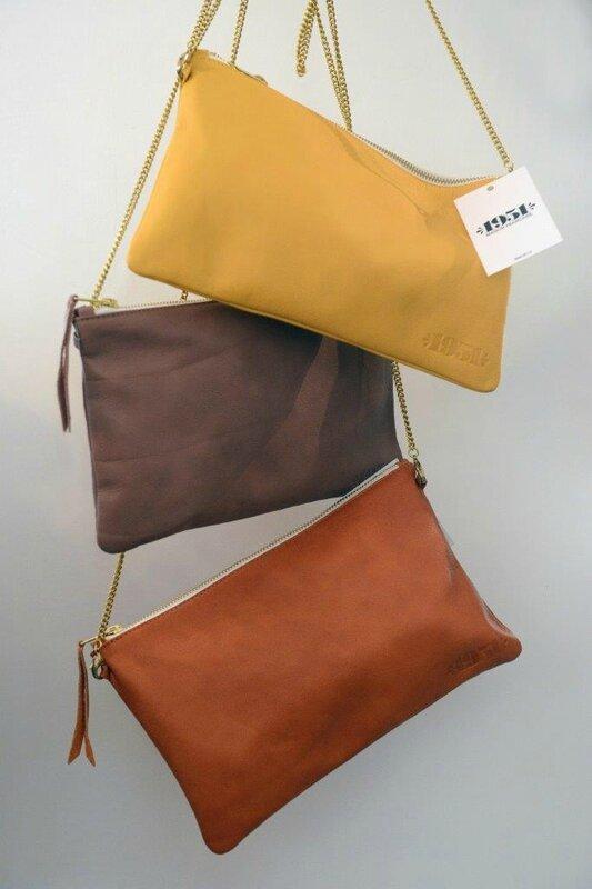 pochettes cuir JAJ boutique Avant Après 29 Rue Foch 34000 Montpellier