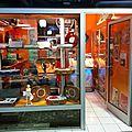 La boutique vintage tourne disque aux puces de saint ouen