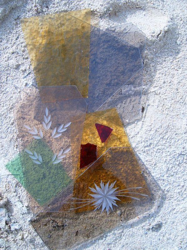 Déchets verre morceaux Accumulation Ghislaine Letourneur - valorisation déchets récupération
