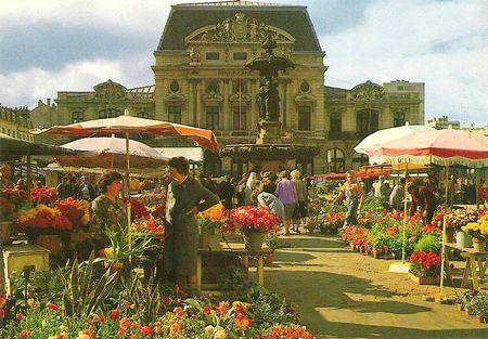 CPM Cherbourg Marché aux fleurs 2