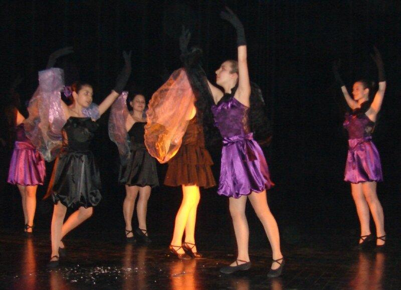FESTIVAL REGIONAL DE DANSES 2010 (63)
