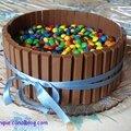 Gâteau au chocolat, kitkat et m&m's