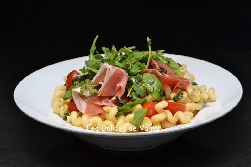 salade pates, été, idée salade, repas frais, pates froides