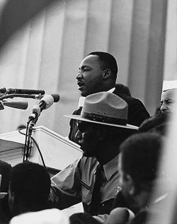 250px_Martin_Luther_King___March_on_Washington