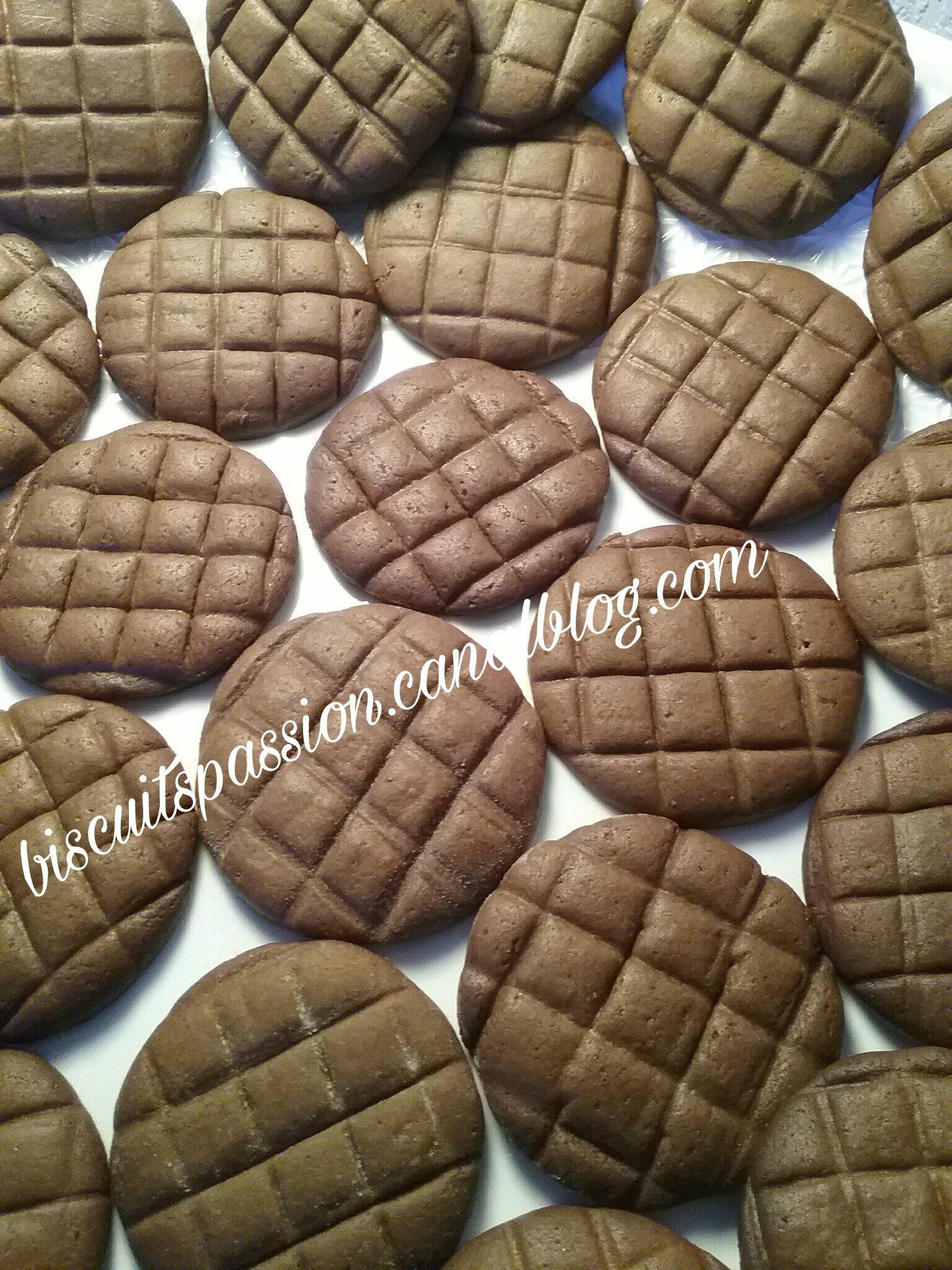 Biscuits anciens à la mélasse, gingembre et épices 090