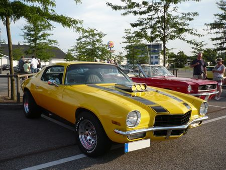 CHEVROLET_Camaro_Sport_Coupe_1972_Offenbourg__1_