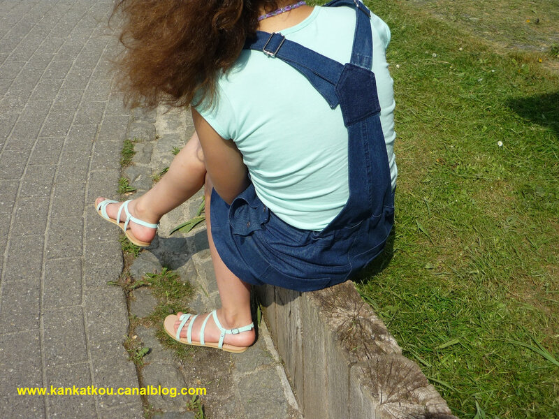 P1370946 robe salopette en jeans