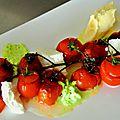 Tomates confites et fracies, mozzarella de bufflone, espuma basilic et glace à l'huile d'olive