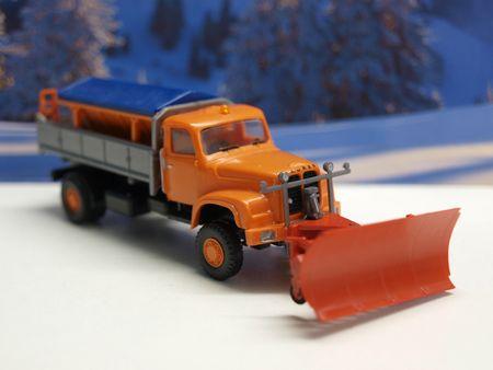 #427-Saurer D 290330 chasse neige (2)