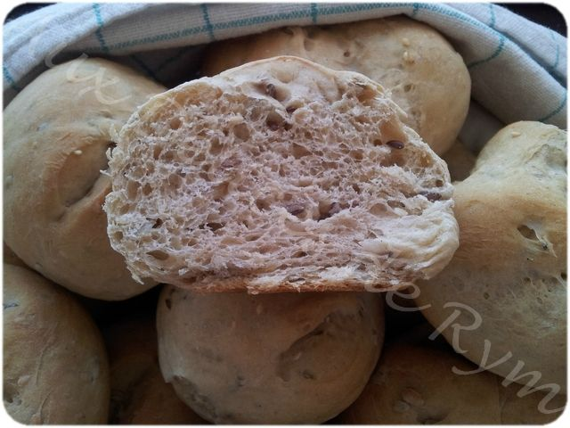 Petits pains aux céréales0018