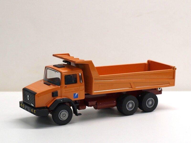 #4510-Renault CBH benne Marrel (2)