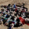 Puit aux voeux pres du mausolee du Sultan Sanjar (Turkmenistan)