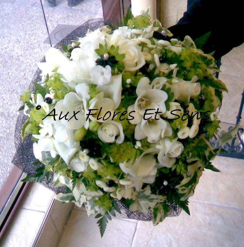 Bouquet de Mariée rond Noir et Blanc