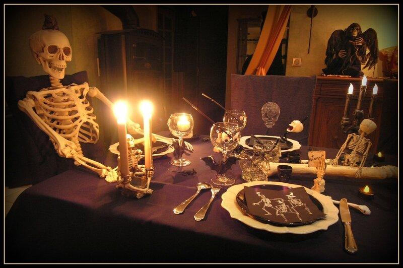invité assiette verre couverts
