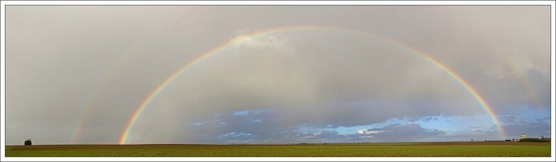 plaine arc en ciel 130114 pano moulin chat eau