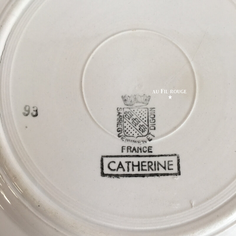 Assiette plate Catherine Estampille